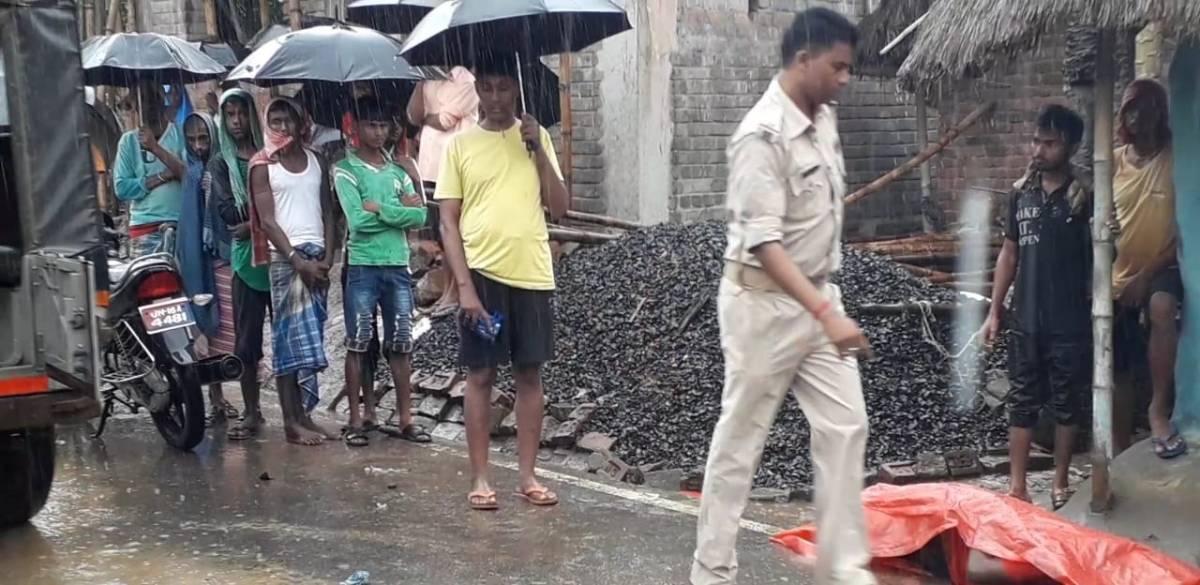 महेशपुर में अज्ञात ट्रैक्टर के चपेट में आने से एएसआई की मौत